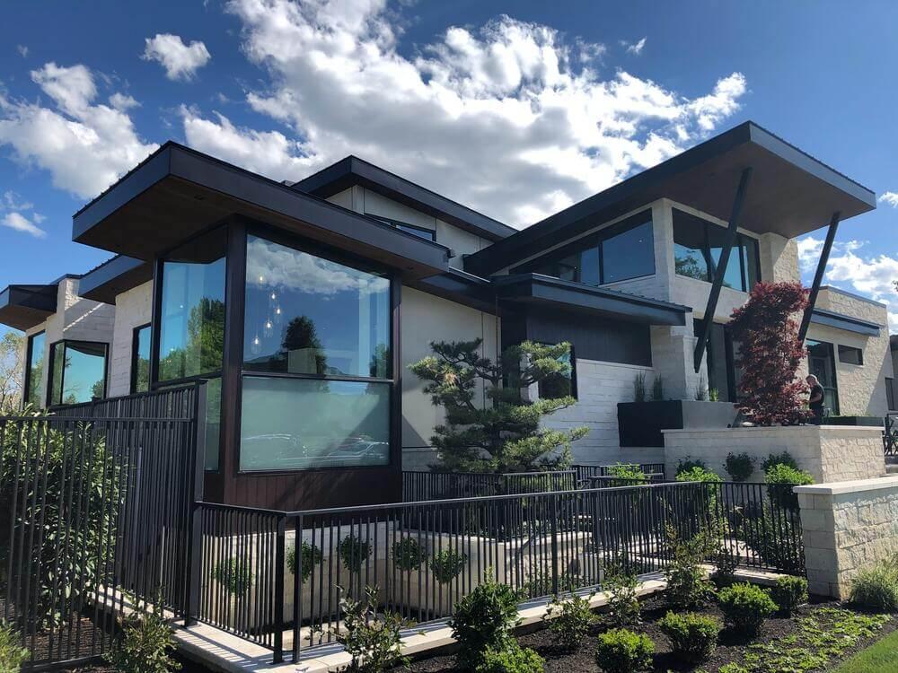 Cobertura metálica residencial: por que escolher essa opção?